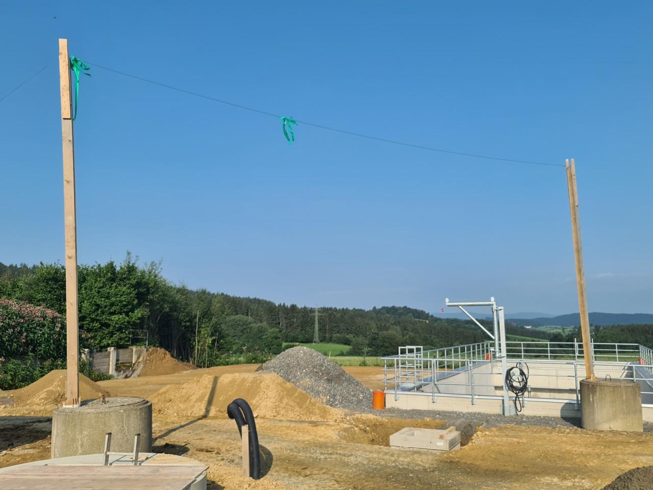 19.07.2021 Aufstellen des provisorischen Pumpenanschlusses.jpg