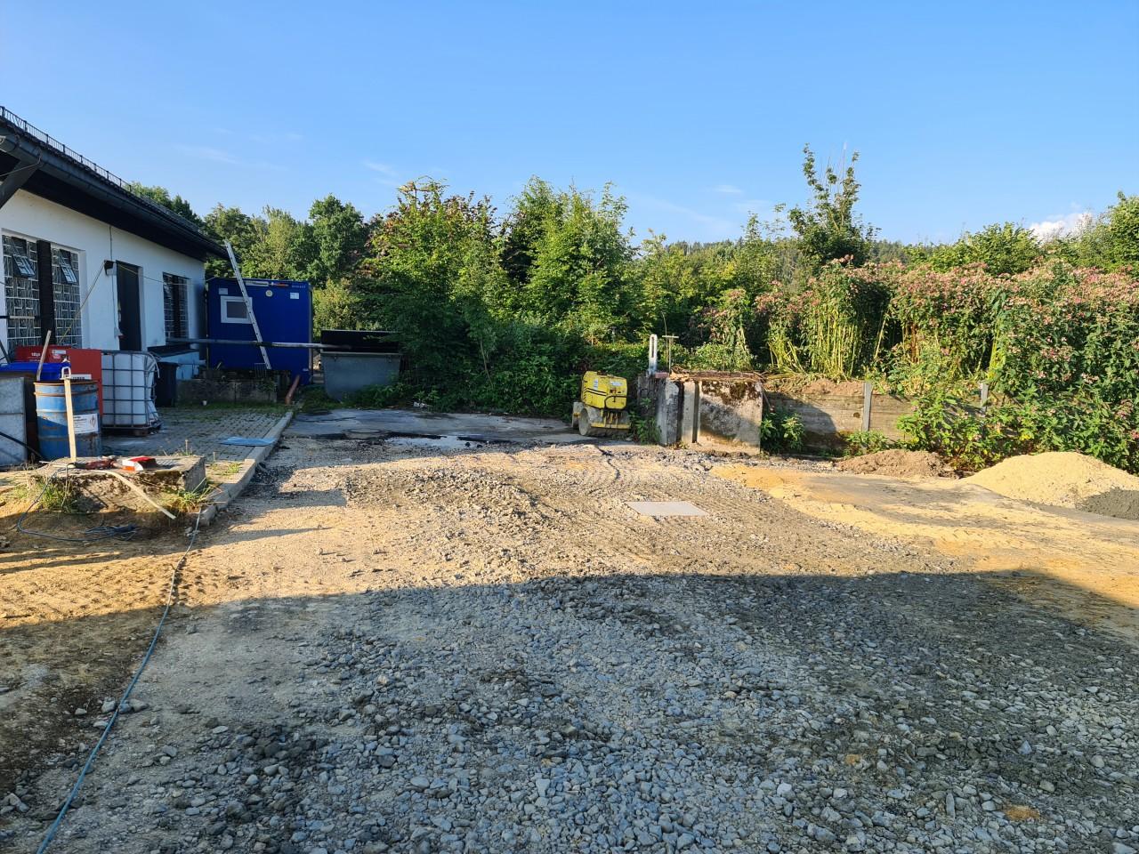 28.07.2021 Das Baulager wurde versetzt um an der Stelle weitere Arbeiten zu beginnen.jpg