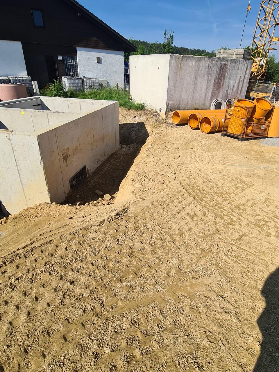 18.06.2021 Vorbereitungen zum Regenüberlauf-Kanalbau.jpg